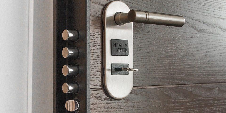 sicherheit-tuer-schluesseldienst-berlin-960x480